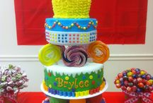 Cake Creations / by Jari Dawson