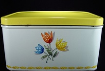 Enamelware-Kitchen-&-More / by Sharon Corcilius