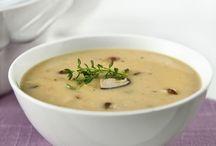 Soups / by Ewelina Gladysz