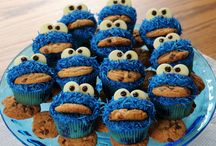 Birthday cakes / cupcakes / biscuits for all ages / Birthday food