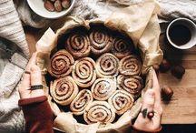 bakes cakes
