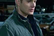 Dean/Jensen / Hes an aquarius, enjoys sunsets, long walks on the beach, frisky women, and an angel in a trenchcoat
