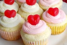Cupcakes / by Kali Bielawski