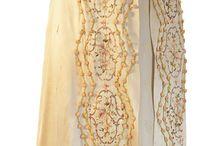 Kostüme aus dem 19. Jahrhundert / Empire Kleider