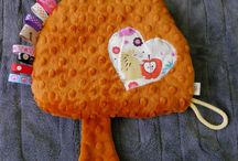 Doudous pour bébés / Quoi de plus mignon qu'un doudou ? Simple et facile à réaliser, c'est souvent le cadeau idéal pour une naissance !