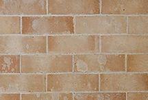 Mur Brique / La brique de parement décorative est une briquette en terre cuite qui s'adapte à tous les styles de décoration.