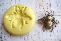 Včelka keramika