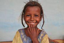 children around the world / the eyes of chidren around the world