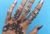pretty hand