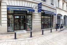 La boutique / Magasin traditionnel et familial depuis 1830 au service de ses clients, nous sommes un magasin de proximité pour la clientèle du centre ville de Bordeaux.
