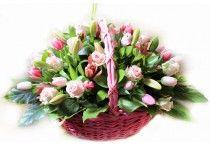 Cosuri cu flori exclusiviste / Flori online care te duc cu gândul la regalitate. Trimite-i iubirea ta printr-o declaratie unica-cosurile cu flori regale!