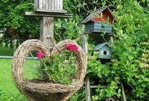 Nichoirs et  mangeoires d'oiseaux