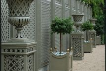 White Gates and fences