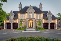 My Dream Homes  / by Yvette Alexis