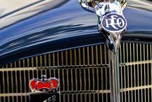 Cars 2 / Antique & Classic