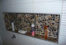 Bathroom / Pebble recess in shower