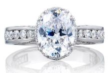 Oval Engagement Rings / Oval Center Diamond Engagement Rings