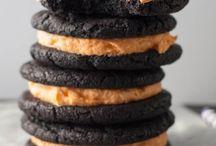 Cookies / cookies, cookie, holiday, sugar cookies, chocolate chip cookies, how to make the best cookies, reasons your cookies spread too much, cookie decorating, how to make the best sugar cookies, drop cookies, shortbread, biscotti, cookie dough, cookie dough, rolled cookies, christmas cookies, christmas