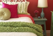 Bedrooms / by Joan Inmon