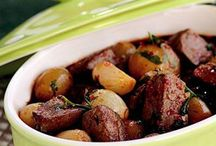 'Eski Dünya'nın acı sözlü şifacısı / Yemeklerin ayrılmaz parçası olan soğan ile hazırlanan nefis yemek tarifleri... http://www.sofra.com.tr/Koleksiyon/Diger/2014/12/17/eski-dunyanin-aci-sozlu-sifacisi