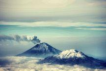 """POPOCATEPETL / (Náhuatl: «montaña que humea»). Localizado en el centro de México con 730 mil años y actualmente activo; es el segundo volcán más alto de México (5,458 msnm) ... voces que cuentan que Don Gregorio un viejo sabio y cariñoso pasea desde hace muchos años por sus alrededores y es en realidad el alma del volcán encarnada... por ello popularmente este coloso es conocido como """"Don Goyo""""."""