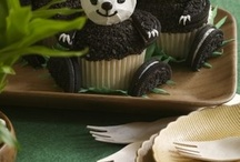 cupcakes / by Alissa Poyner