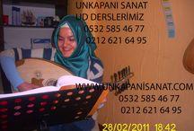 UD DERSİ UNKAPANI SANAT İSTANBUL / Konservatuar mezunu öğretmenler eşliğinde sanatla tanışmanın en profesyonel adı: Unkapanı Sanat Ud Dersi Ud Dersleri Türk Sanat Müziği'nin olmazsa olmaz enstrumanı ile tanışın. 200 TL / Aylık İletişim Bilgileri  Ünlü İş Merkezi. A Blok. No:24 Unkapanı - İstanbul (ZeyrekCafe Yanı) Telefon: 0 (212) 621 64 95 Telefon: 0 (532) 585 46 77