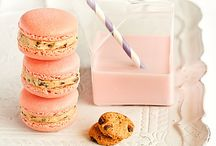 Macarons / by Liv M