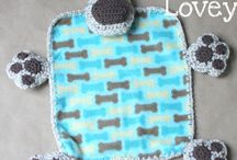 Littlies cuddle toys & mats / by Bec B