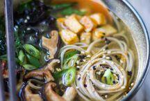 Asian cuisine / A mixture of Asian Cuisine
