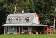 Pole Barns & Houses / by Malea Gardner