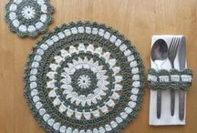 crocheted placemat and coaster