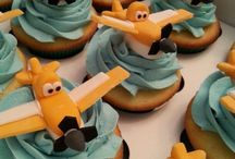 planes cupcakes