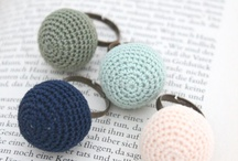 DIY ring: crotchet, beads, decupage