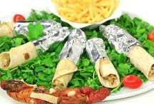 زعفران وفانيلا / برنامج زعفران_وفانيلا تقديم غادة_التلي هو المزيج بين المذاق اللذيذ و الطعم المبهج و بين الأكل الفاخر و الزينة المبهرة. هو مزيج بين أشهي الاكلات العربية و خصوصاً المطبخ الشامي و ألحلويات الرائعة. كلها مقدمة بطريقة سهلة و متاحة بدون أدوات أو مكونات باهظة الثمن.  غادة_التلي هي سيدة أردنية مصرية في منتصف الأربعين من العمر , قضت حياتها تستكشف و تتعلم و تجرب أشهي الوصفات في المطبخ العربي. قدمت أشهي الأكلات علي التليفزيون الأردني و لها صيت و اسع في الاردن ودول الشام