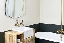 Classic Rustic Bathroom