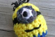toys / Crochet minion ball