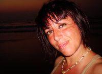 Your Travel Consultant Val-On-A-Trip / Travel Consultant Esperta di viaggi e vacanze! Visita il mio blog per conoscermi! www.valentinapoli.com