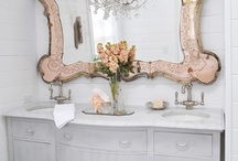 We are lusting over - Mirrrors / A selection of beautiful mirrors, all shapes and sizes!