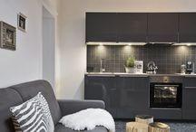 Appartements / Wo du während deinem Urlaub in den BEWEGTEN BERGEN wohnst? In einem von vier gemütlichen Appartements, jedes individuell und in einem frechen Mix aus Pinzgauer Landhausstil und modernen Elementen eingerichtet.