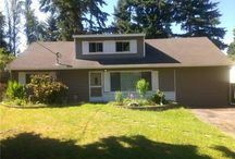Lynnwood Home For Sale / Location & rarity in this 5+ bedroom 2 story house with a large & level private back yard. This beautiful 1720 SF home is move in ready with new ext. paint, water heater, recreation room carpet, paint, lighting & renovated kitchen cabinets. $265,000.00. 6514 183rd Place SW, Lynnwood 98037