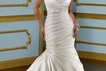 Plus Sizes Wedding Dresses / Plus Sizes Wedding Gowns