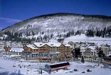Copper Mountain, CO - Colorado Info / hile Copper is best known for its world-class skiing and snowboarding terrain, guests also enjoy the resort's intimate, pedestrian-only villages which offer restaurants, family-friendly activities, shopping and comfortable lodging, all within walking distance to the lifts. Copper Mountain is conveniently located just 75 miles west of Denver in the heart of the Colorado Rocky Mountains and offers nearby access to snowmobile tours, dog-sledding, and shopping just six miles away in Frisco.