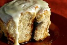 Sweet Loaves and Buns / Sweet loaf recipes and cinnamon bun recipes. great recipes for breakfast or dessert.