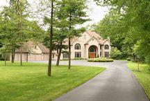 Luxury Property for sale / by Pam Sawyer