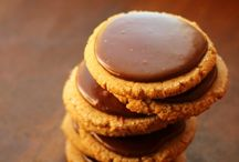 Yummy Cookies / by Karoline Gardner