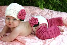 Crochet Baby Booties/Bibs / by Barbara Binda