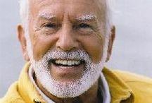 Kurt Tepperwein / Kurt Tepperwein Németország egyik legsikeresebb írója és életvezetési tanácsadója.
