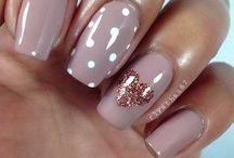 Acrylic nails x