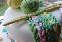 Knitting themed cakes